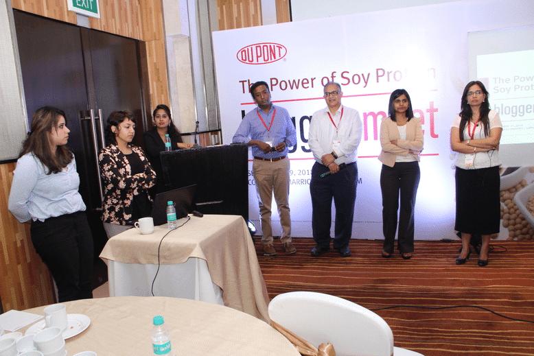 Panel Experts, Dupont Bloggers Meet